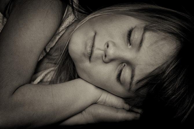 כמה שעות צריכים לישון ילדים בגילאי 6 עד 13 שנים