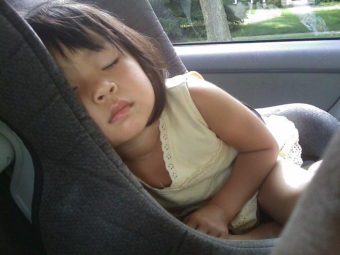 כמה שעות צריכים לישון תינוקות בגיל שנה עד שנתיים